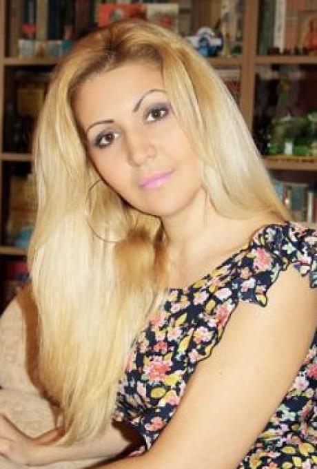 573 – mu2074 Natalia 38 y.o.
