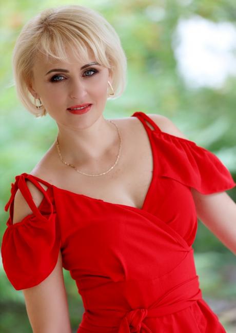 420 – mu2738 Olga 40 y.o.